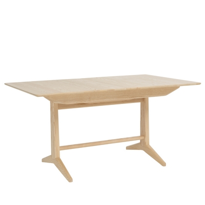Ercol Novoli Medium Pedestal Dining Table