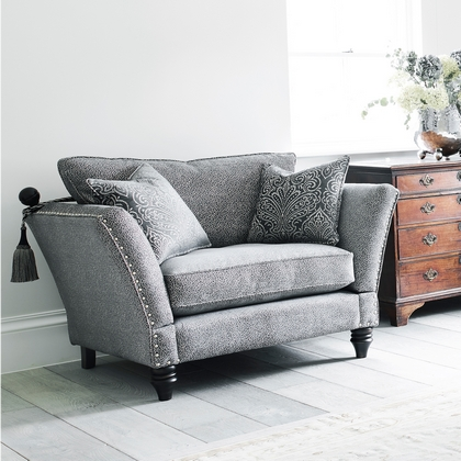 Divine Grand Knole Snuggler Chair