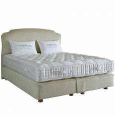 Vispring Regal Superb Divan Set Double (135cm)